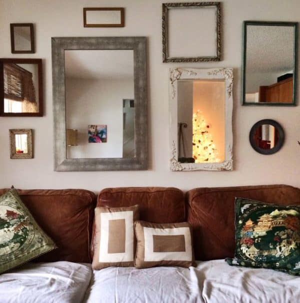 Collection-of-wall-mirrors